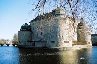 874719-le-chateau-d-orebro